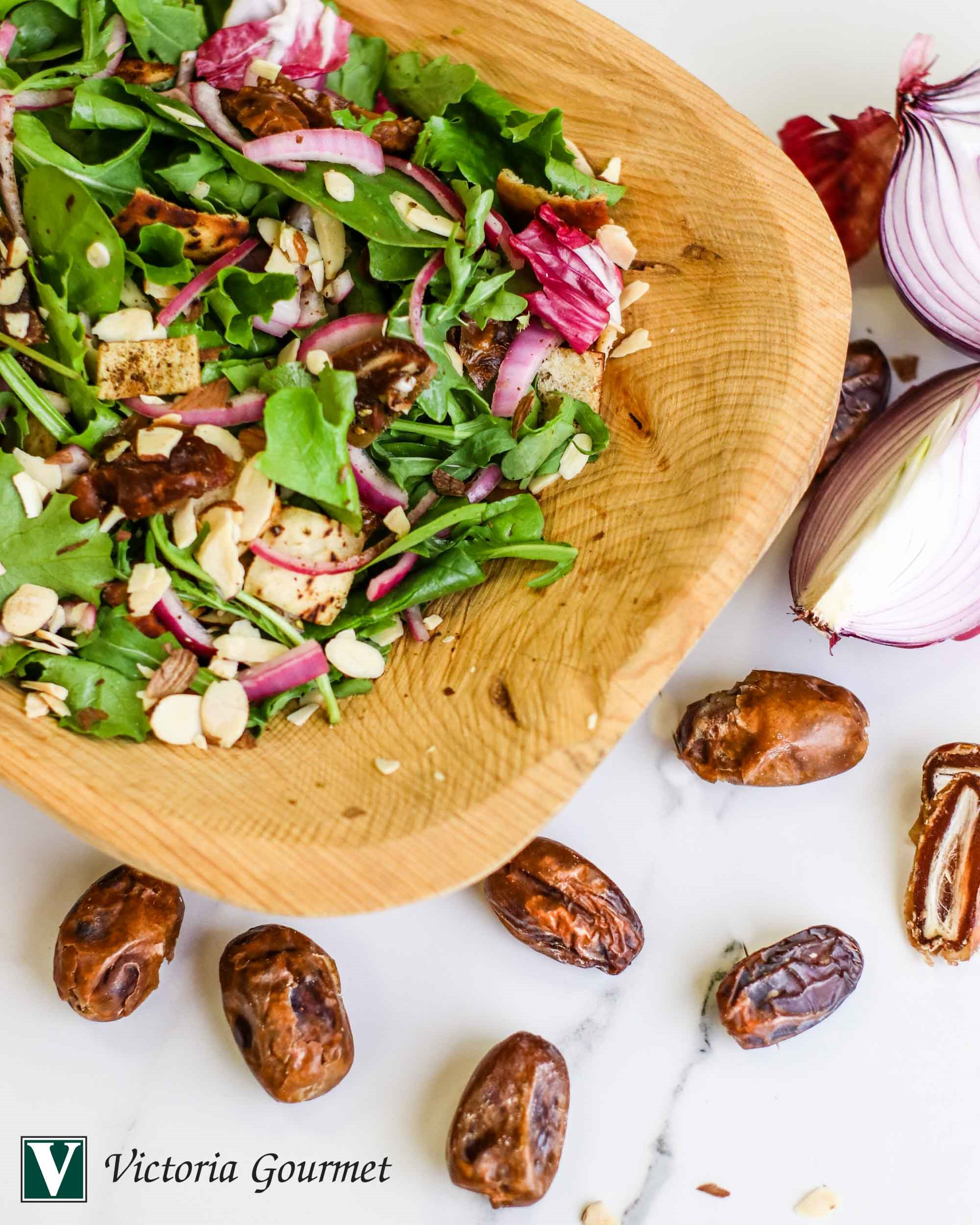 green salad pita dates za'atar seasoning victoria gourmet recipe