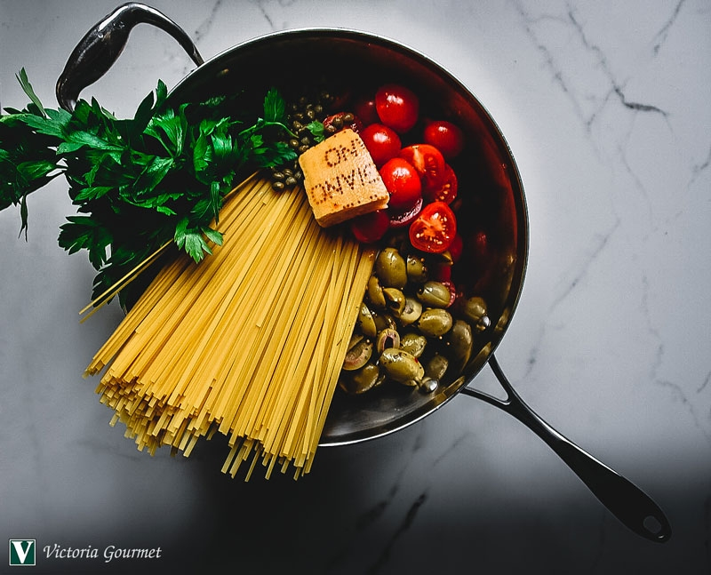 one-pot pasta puttanesca dry seasoning spice victoria gourmet recipe